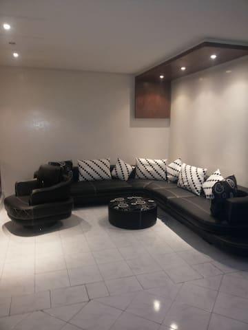 Belle Chambre au quartier Belvédère à Casablanca - roches noirs  - Daire