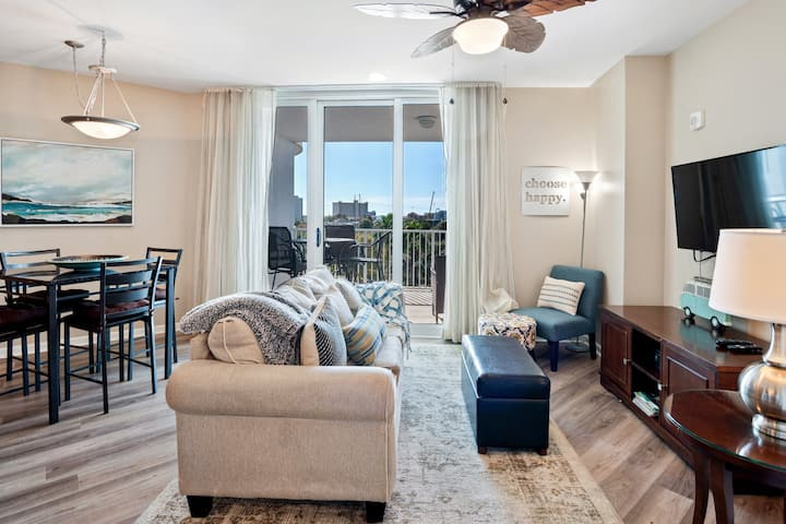 Paradise at The Palms ~2 King Beds & 2 Full Baths