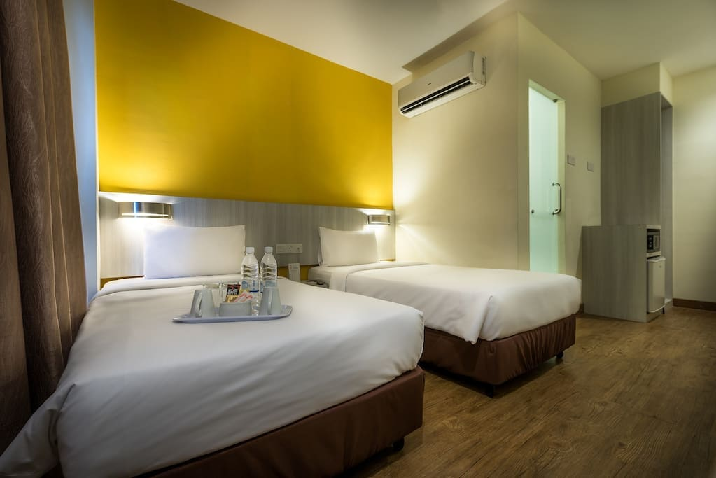 Xpress Room (2 single beds)