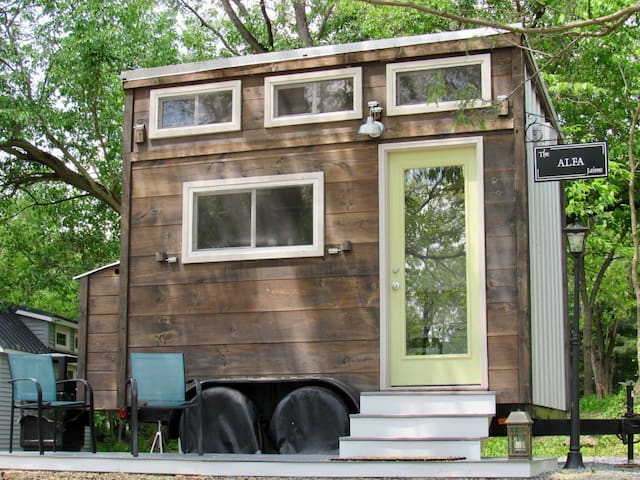 The Alfa Tiny House on Tiny Estates 14 acres