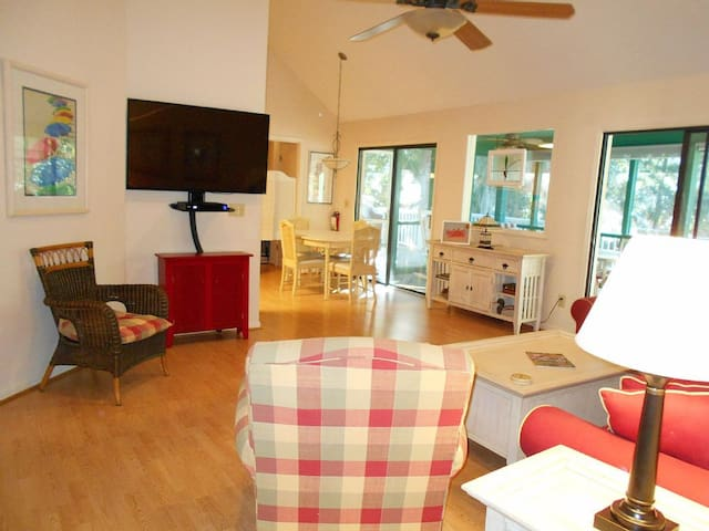 2 Shad Row - home away from home! - Isle of Palms - House