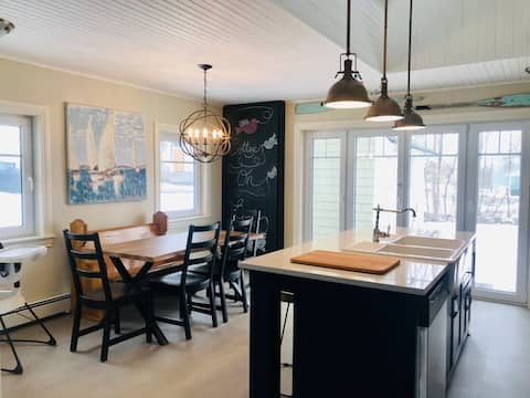 Cottage on Queen -  Home in the Heart of Baddeck