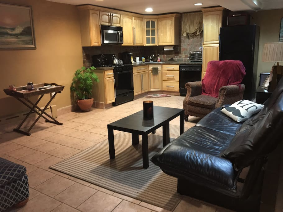 One Bedroom Apartment Apartments For Rent In Astoria New York United States