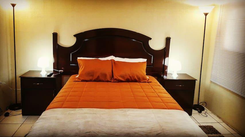 Economía y confort cerca de todo - Quezaltenango, Quetzaltenango, GT