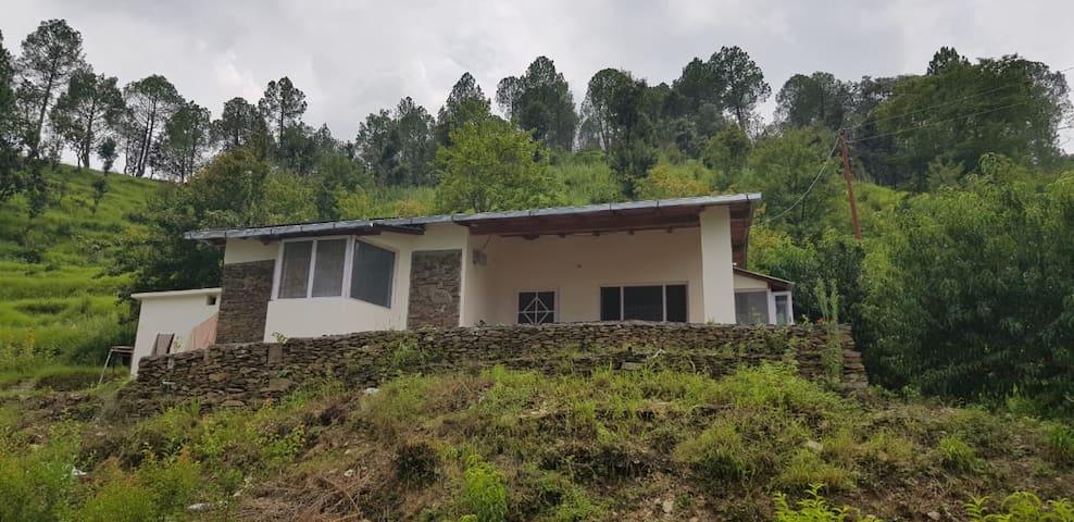 Trishul - Himalayan View , Basgaon