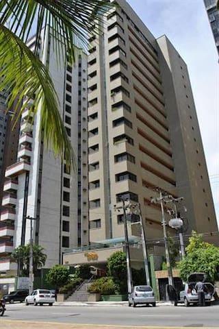 Apartamentos no Villa Costeira Flat.