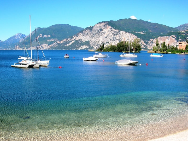 Garda lake near apartment Verona