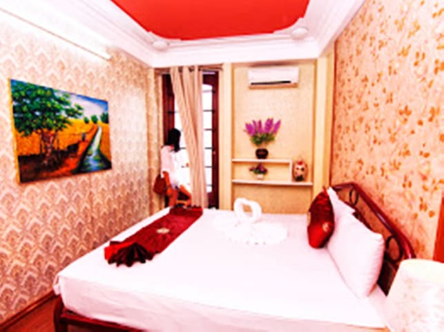 Hotel is at centel of Hanoi - Hoàn Kiếm - Wikt i opierunek