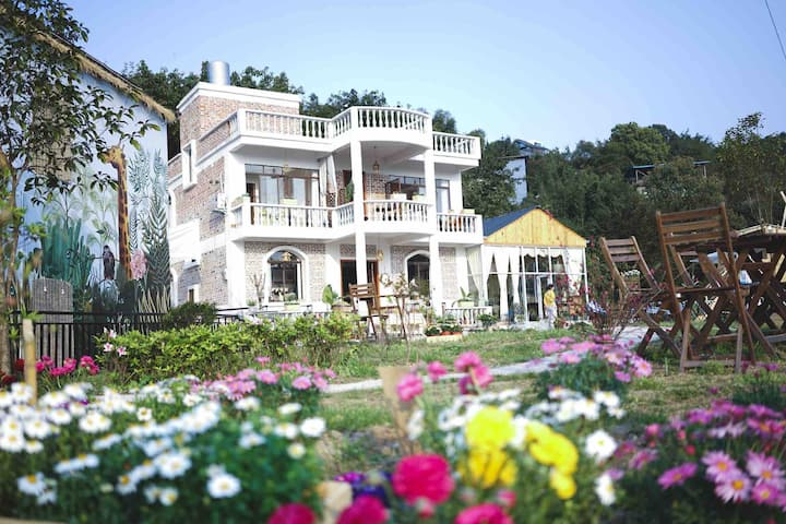 【议匀山里-蔷薇】私家别墅独立大床房 有花有画有花园有观景大平台