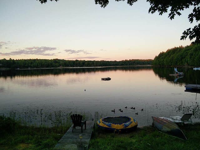 Small lake in the big white north! - Commanda - Huis
