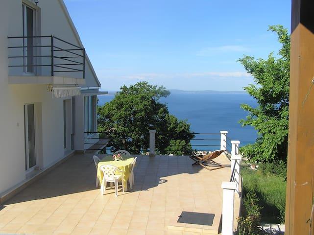 House George near Split for 8 persons - พอดสตรานา - บ้าน
