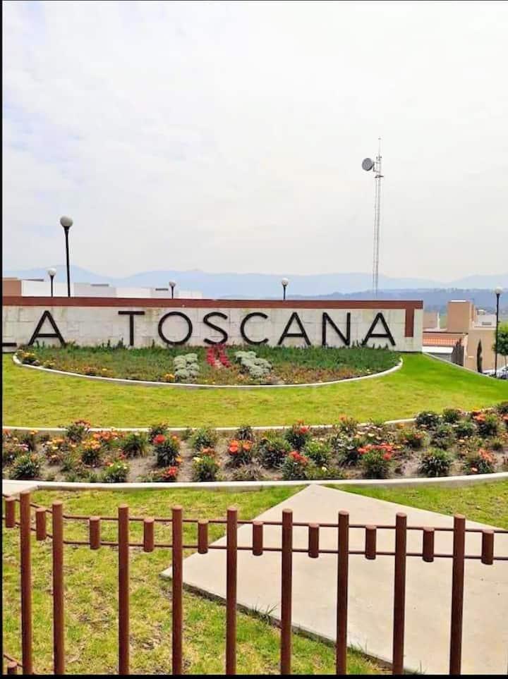 Habitación privada en Residencial Toscana