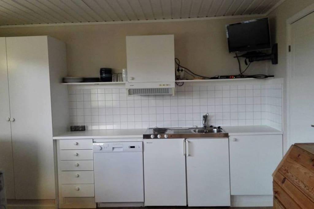 Kjøkkenkrok i oppholdsrom