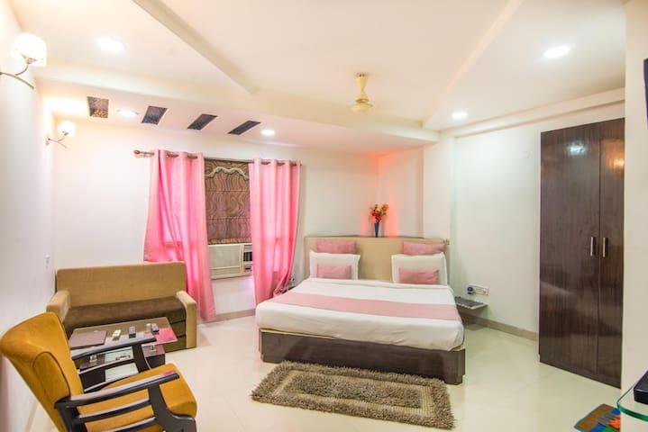 Hotel Morya Regency With Deluxe Room