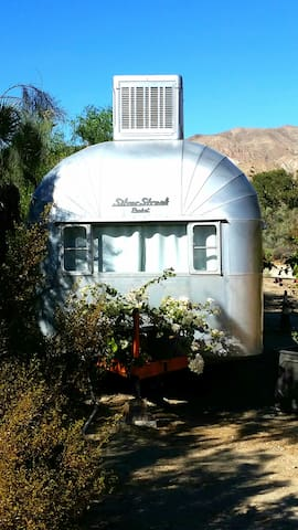 Vintage Travel Trailer! 1956 Silver Streak Rocket! - Whitewater - Autocaravana