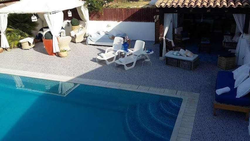 House with swimmning pool - Villaggio Mosè - House