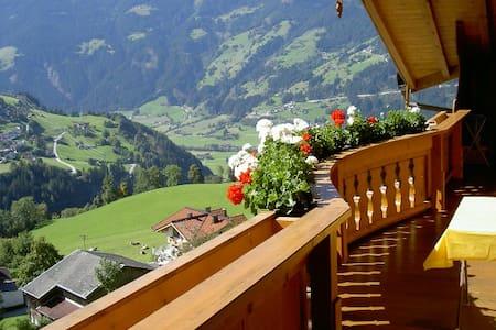 App. für 3-4 P in Traumlage, Zillertal! - Gerlosberg - Apartment