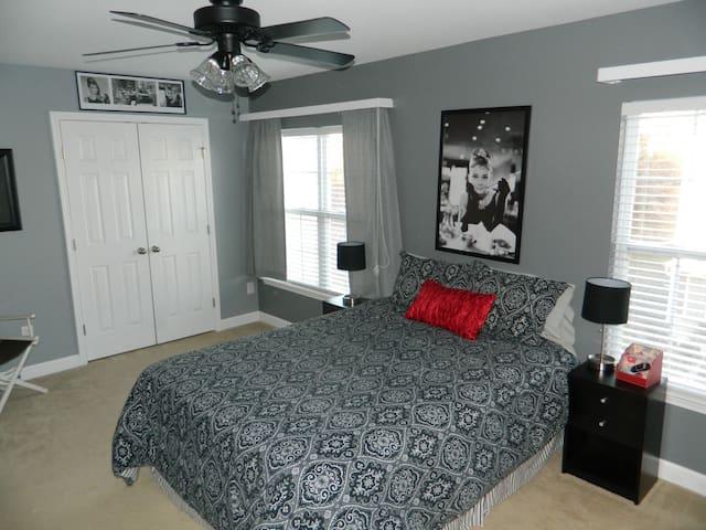 Third floor second bedroom