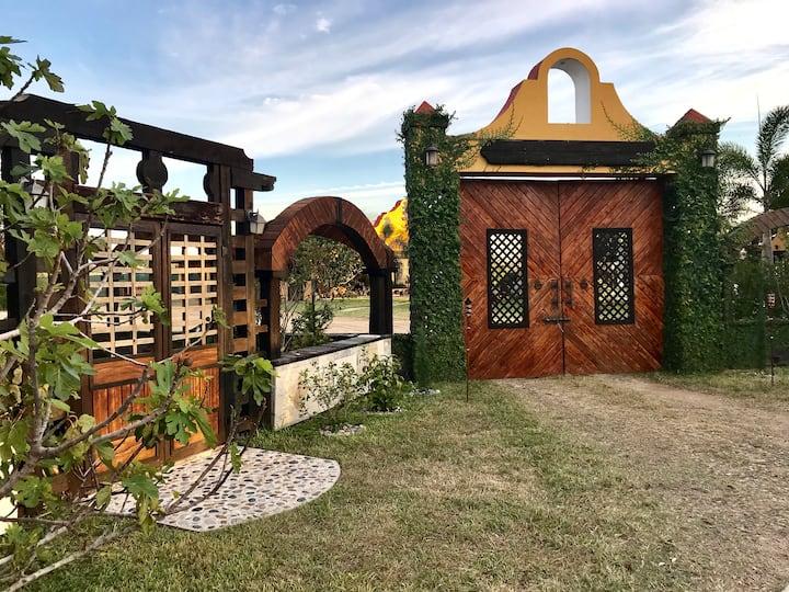Azenda's Guest House