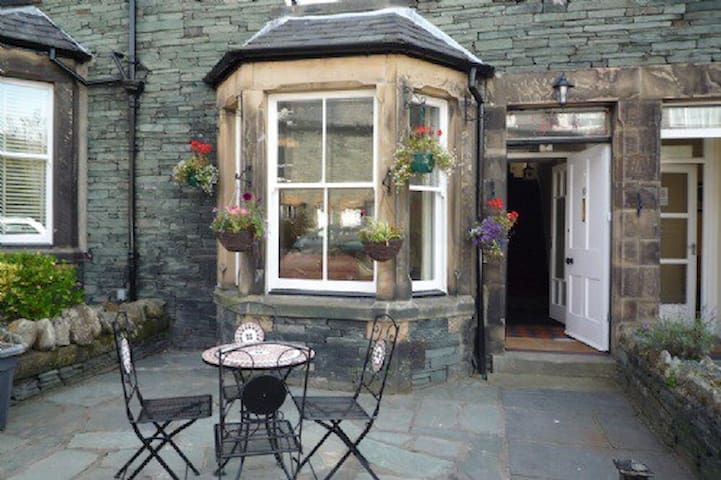 4 bedroom house is centre of Keswick - Keswick - Maison