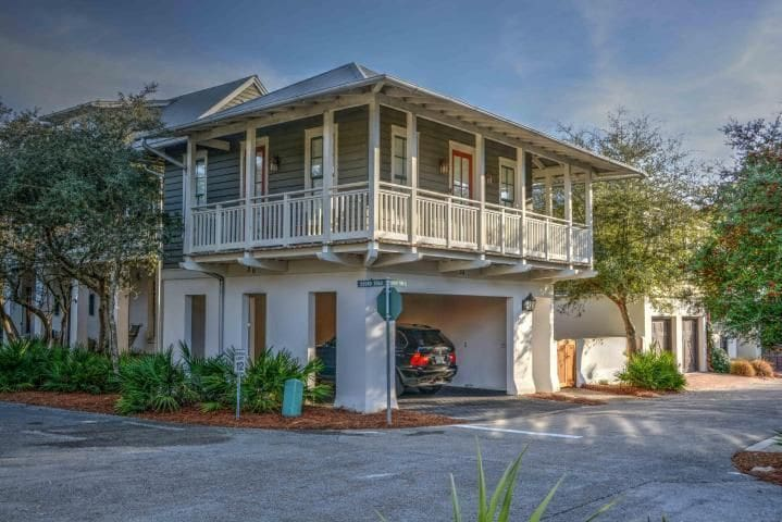 The Beach House Cottage- Short Walk to Beach! - Panama City Beach - Domek gościnny