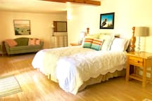Downstairs master with lake views is very light and spacious with tempurpedic mattress for extra comfort.