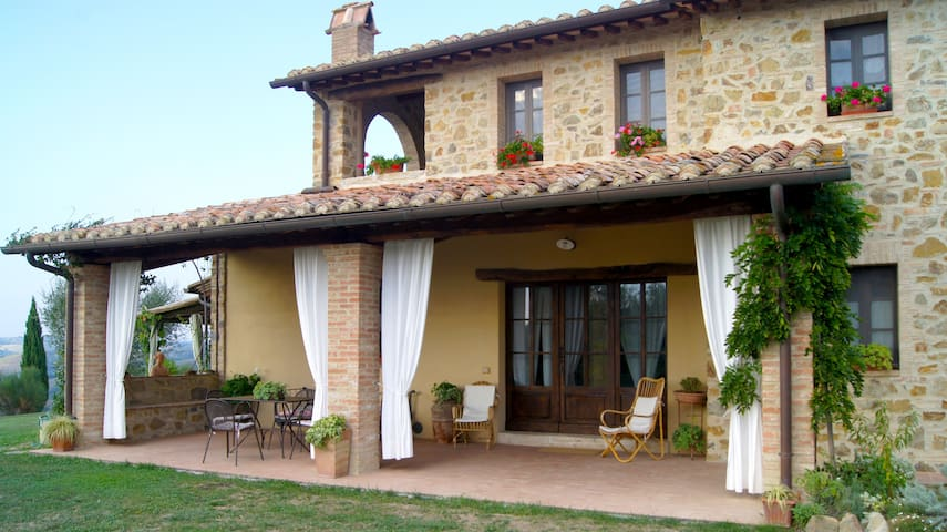 Farfalle - stunning Tuscany landscape views - Province of Siena - Apartment