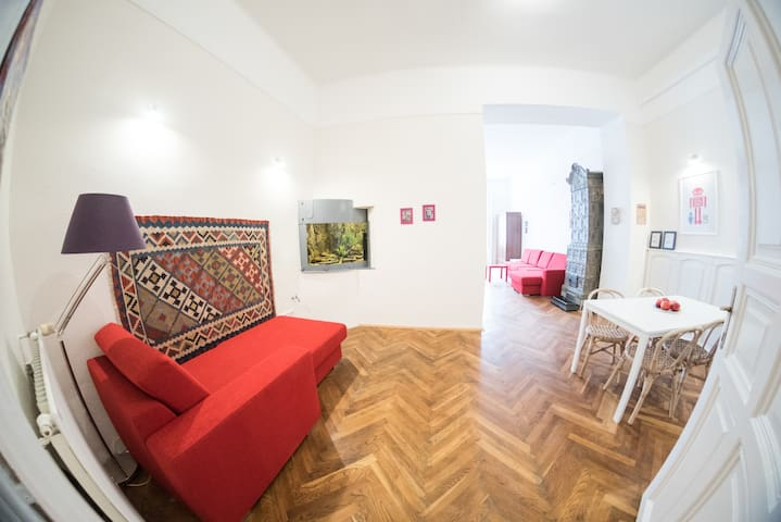 Unique Flat with View over the Great Market Hall - Budapest - Leilighet