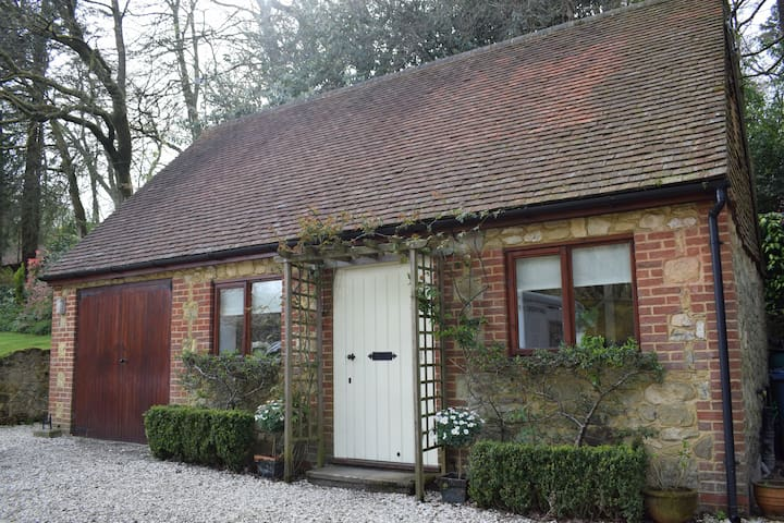 Mill Cottage, perfect for walkers and cyclists
