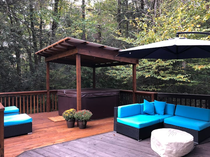 Serenity At 5134 in Poconos with Free Amenity Use