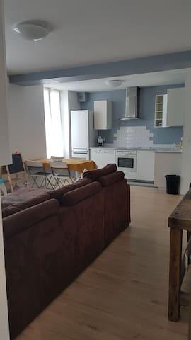 Appartement neuf dans bas de maison
