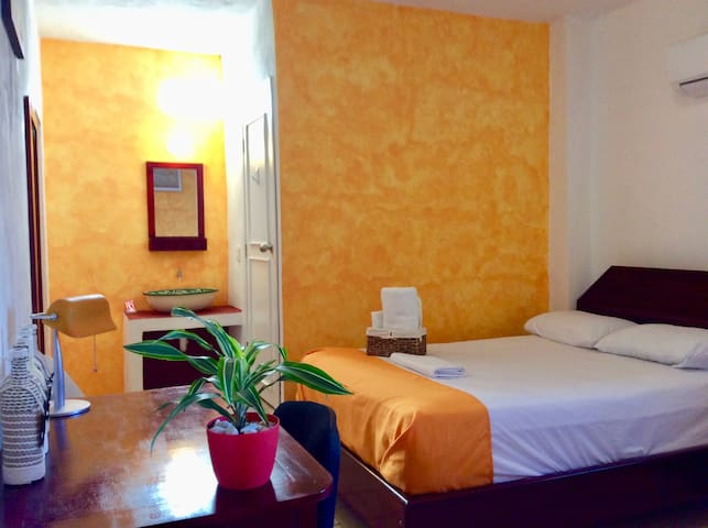 Beautiful cozy room near Chetumal Bay & University - Chetumal