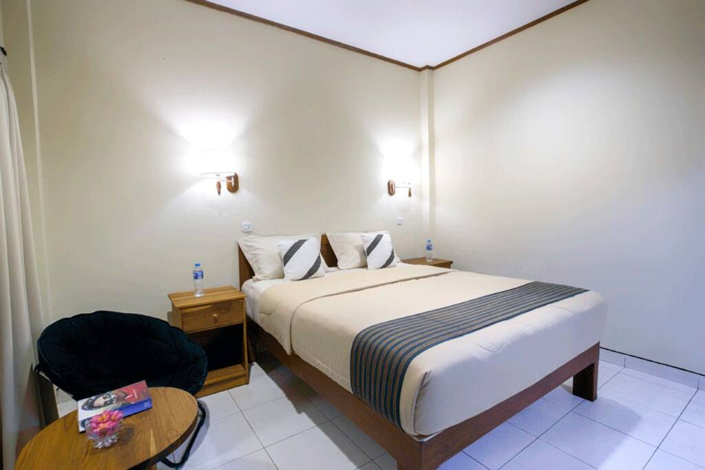 1 bedroom double or twin komodo lodge chambres d 39 h tes for Salle de bain komodo