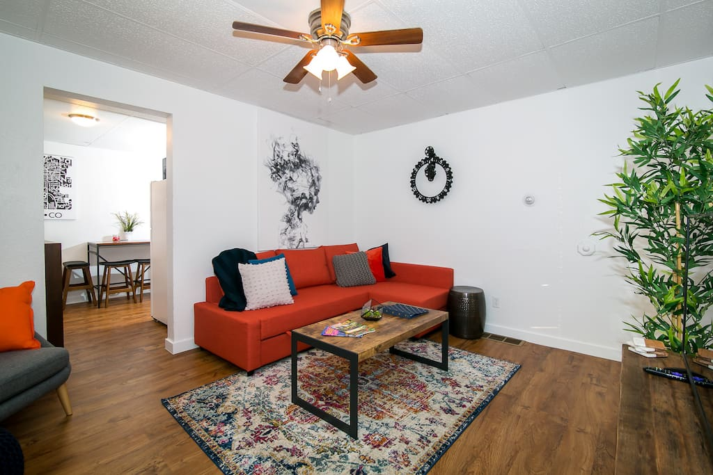Bright Cheerful 2 Bedroom Unit Near Rino Apartments For Rent In Denver Colorado United States