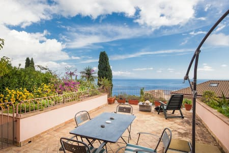 Villa Galante Taormina appartamento con terrazza