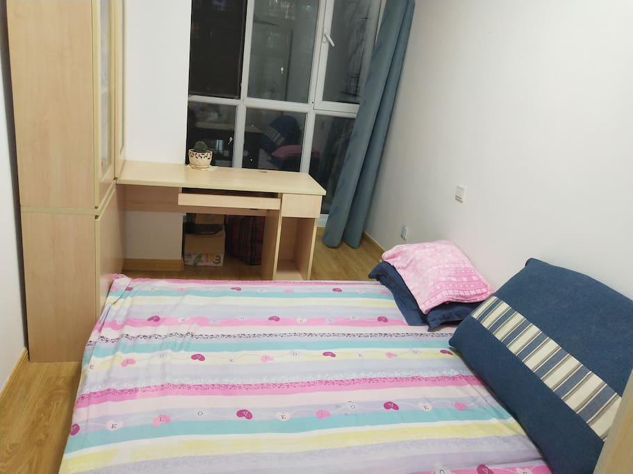 小双人卧室二
