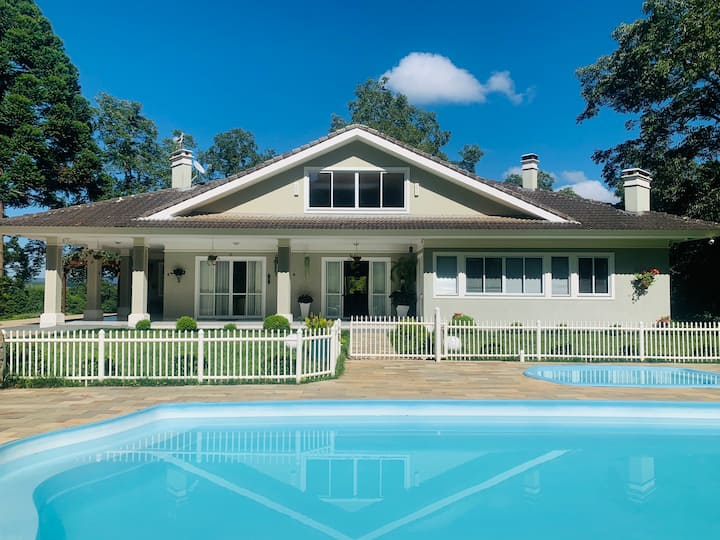 Luxuosa Casa de Campo, um refúgio para descanso!