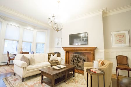 Luxury Apartments Houses Villas In Boston Airbnb Massachusetts Uni