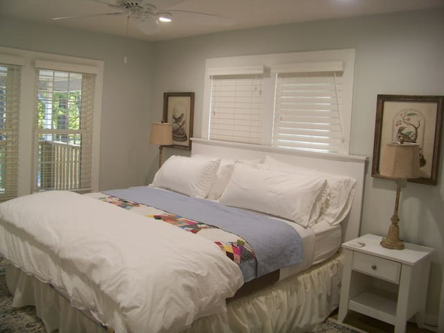 King bedroom with closet space