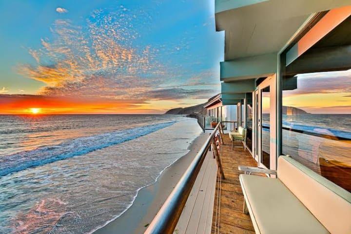 Stunning Luxury Beach Home w/ Large Deck+Endless Ocean View