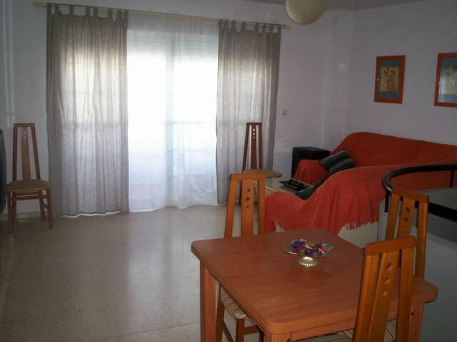 Duplex muy bien situado en isla cristina - Isla Cristina