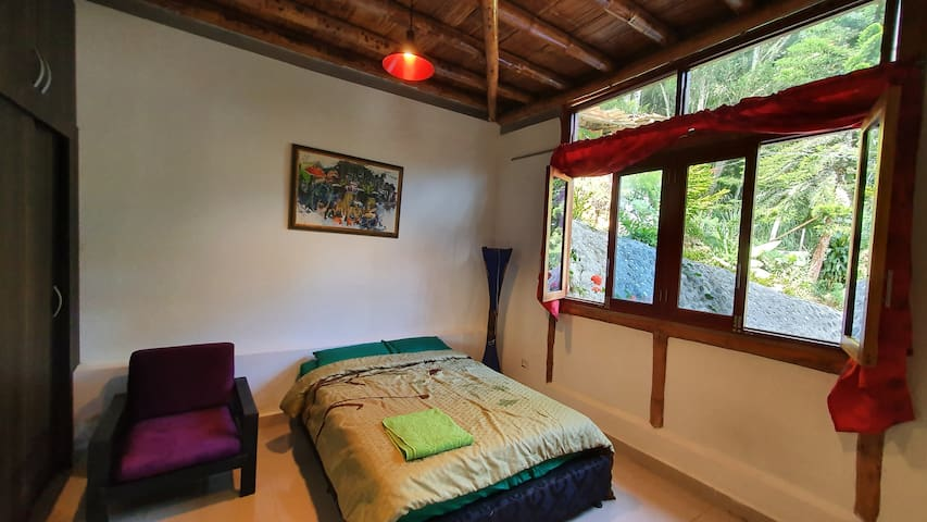 "La Cumbamba - the ""Guacharacas"" double room"