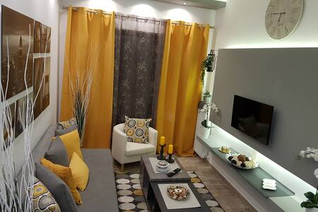 'Golden Aurora' Apartment With Elegant Style!