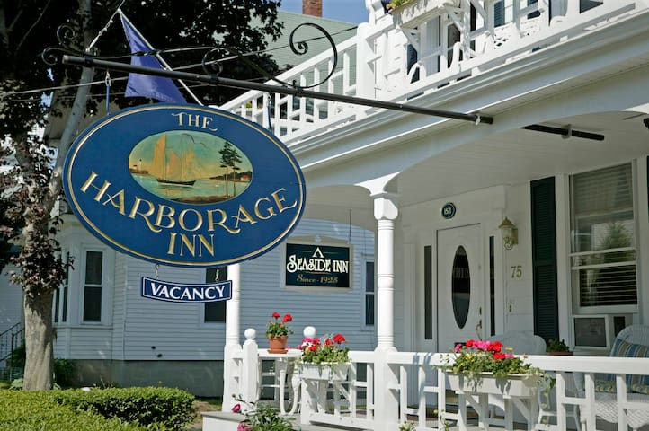 Oceanside Location in Downtown Boothbay Harbor