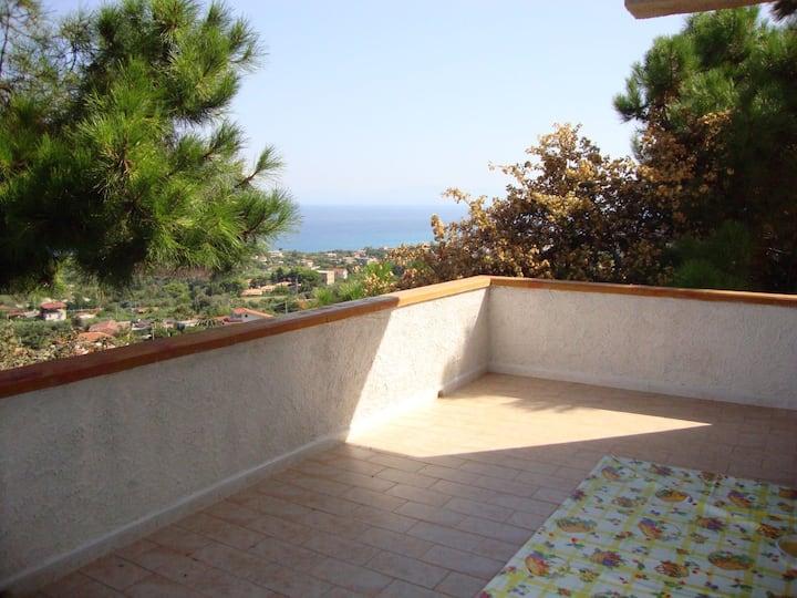 Appartamenti vicino Tropea splendida vista mare