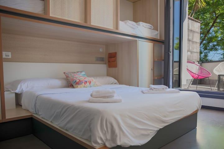 Koisi Hostel - Deluxe Family Room+Private Bathroom