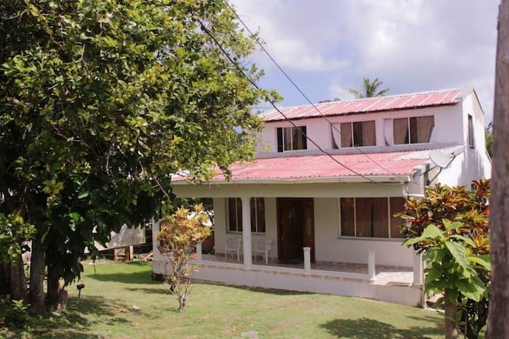 Habitaciones, Cove Hill Paradise