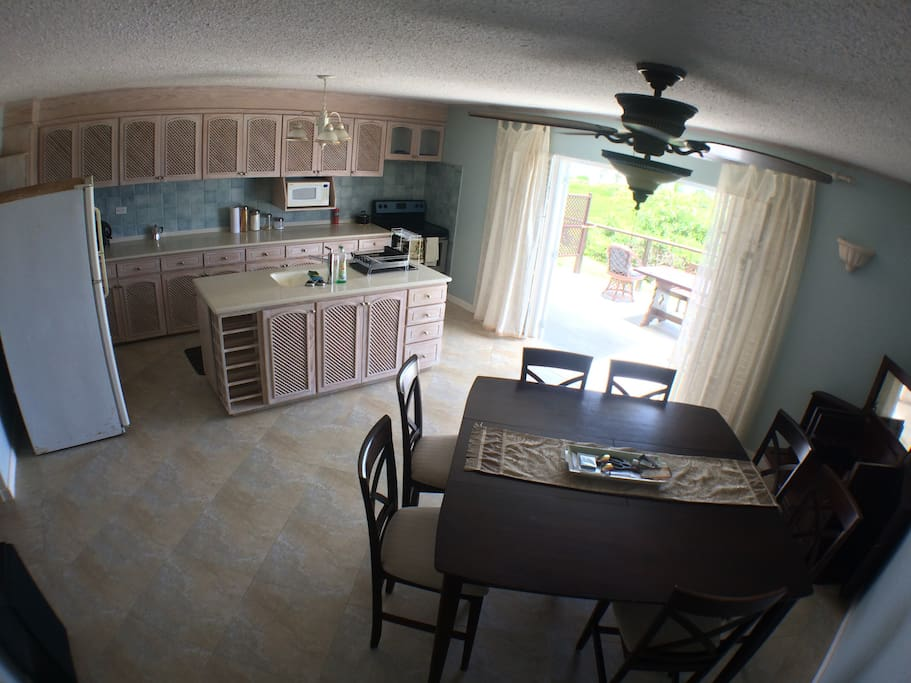 huge kitchen and sitting area witch access to the patio