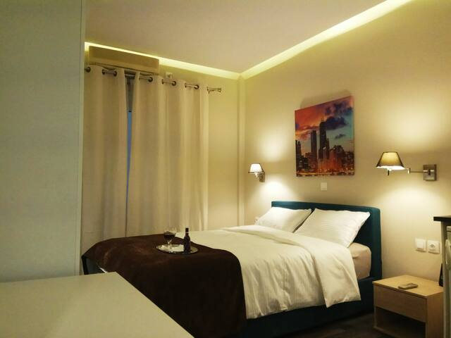 Athens Luxurious Suite 25