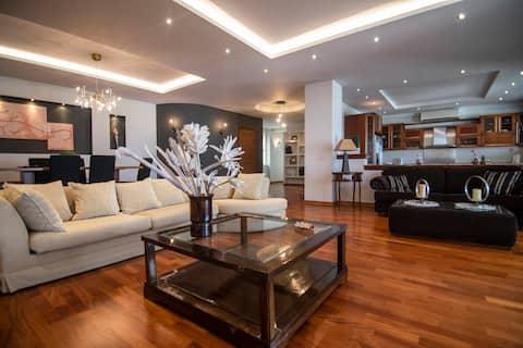 Grande Luxury Apartment